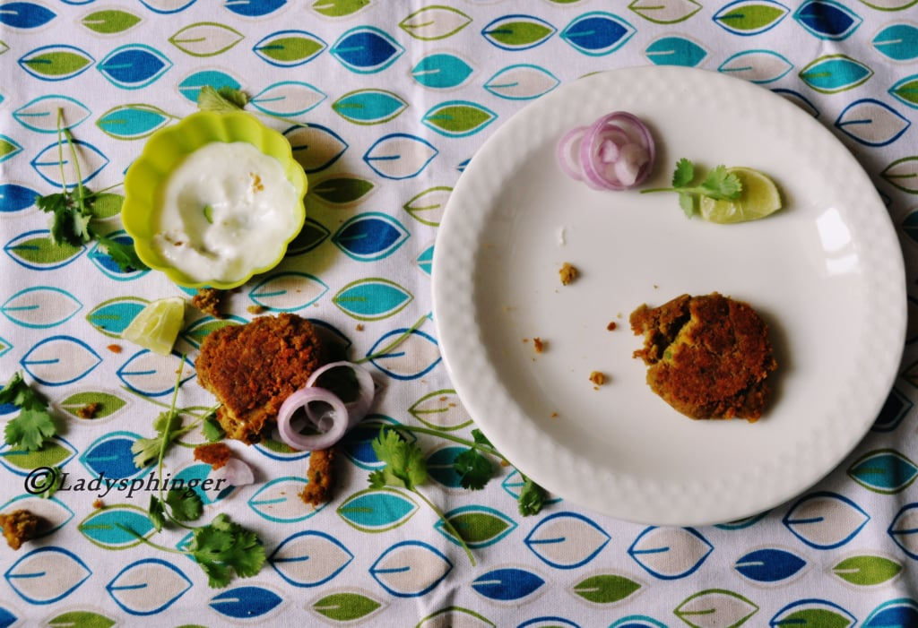 Shami kebab with Yogurt dip